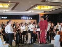 """""""Gặp người con gái VN da vàng"""" tại Bali"""