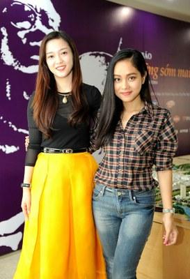 Hai nữ ca sĩ trẻ Hoàng Quyên và Đinh Hương