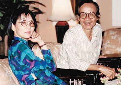 Dao Ánh và Trịnh Công Sơn trong một lần gặp lại nhau tại VN sau nhiều năm Dao Ánh sống ở Mỹ - Ảnh: T.L