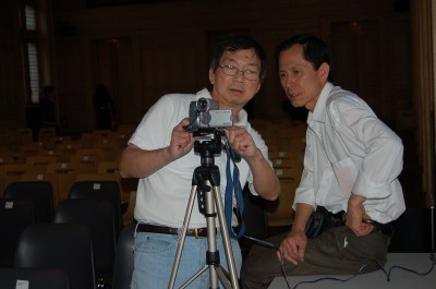 Bảy Minh chỉ đạo quay vidéo